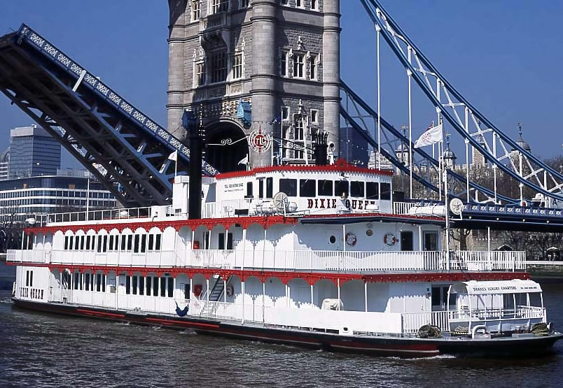 Thames Boat Cruises Mother S Day Thames Cruise London